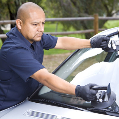 Stone oak auto glass shop windshield repair san antonio chip repair alamo heights alamo ranch car window replacement truck SUV Safelite